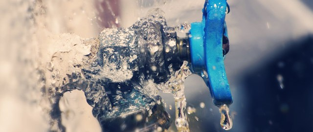 Faucet in need of repairs